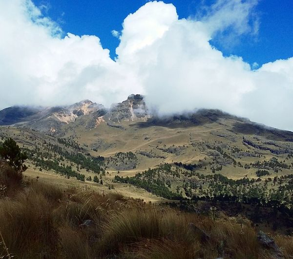 Landscape Cloud - Sky Mountain Sky Outdoors Travel Destinations No People Scenics Day Nature Beauty In Nature Hiking Cold Temperature Montagne Horizon View Mexico Exploring Morning Adventure