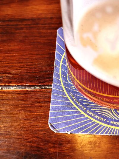 Lees Beer Greengate Brewery Middleton Beer Mat Mat Beer Close-up Table Grain Pint Glass Pint Ale Greengate Brewery Froth Art Beverage Foam