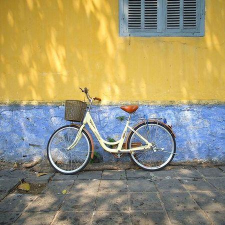Wearethestreet Wearethestreets Hoian  Vietnam Fujifilm Xpro2 Tricycle Bicycle Travelthruthelens Travel Travelingram Wilzworkz Instagood Instamood Instalike Instadaily