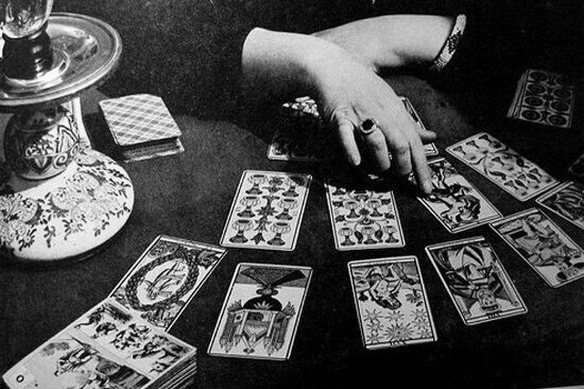EyeEm Gallery Streamzoofamily Blackandwhite Black & White Tarot Tarotcards