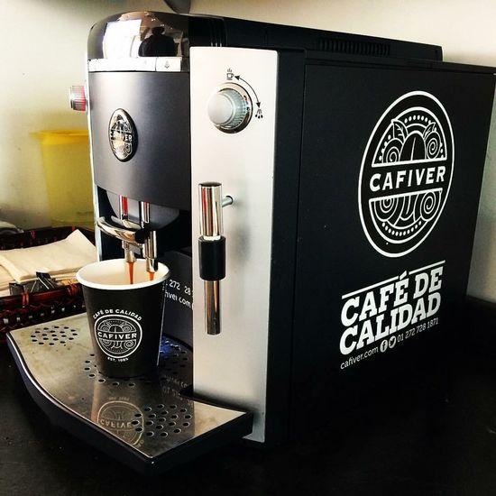 Quality Coffee Modern Indoors  No People Coffee Coffee Time Coffee Break Coffee Cup Coffeediary Coffee ☕ Coffeemachine Espresso Maker Espressoshot Espresso Cafe Cafeteria Cafeteria Style Cafés