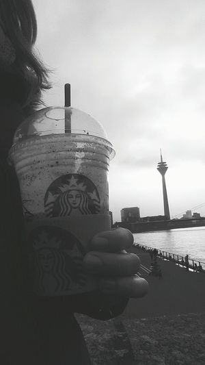 Tadaa Community Popular Photos Check This Out Starbucks Shootermag Black And White Riverwalkby Düsseldorf