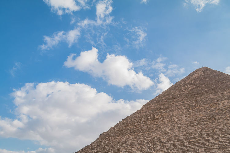 Sky Nature Outdoors Egypt Pyramids Giza Giza Pyramids Of Egypt Travel Destinations Trip Ancient Cairo Egypt Desert Tourism Egyptian Archaeology Architecture Historical Hot Heat - Temperature Summer Tomb Cloud - Sky History Tranquil Scene Ancient Civilization The Past