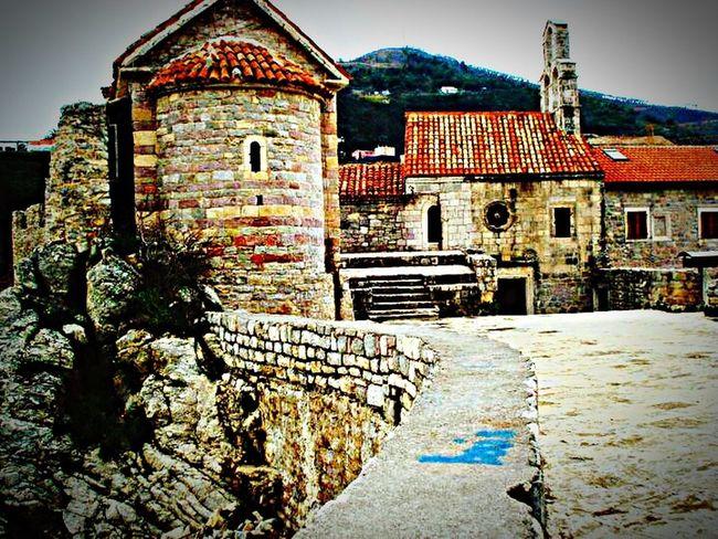 Budva Budva,Montenegro Budvar Montenegro Beauty Of Montenegro Montenegro😢 The EyeEm Facebook Cover Challenge Traveling Travel Photography Travelphotography