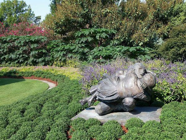 Arboretum Botanical Garden Dallas Arboretum And Botanical Garden 2 Garden Lovers Outdoors Sculpture Shrubs