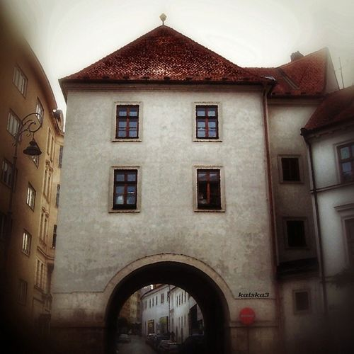 Měnínská gate in centre of Brno...snap for Instagrami áda_03 @igracci theme Towers...tak věž to úplně není,ale brána taky dobrá,ne? Jinou nemám :)