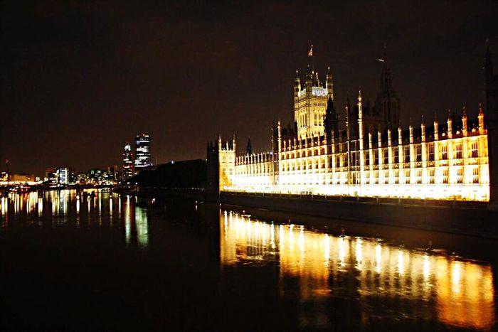 Bigben London Night Night Lights Elizabethtower Architecture Followme Follow Me Follow