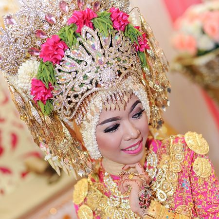 Wedding Aceh Only Women Portrait Beauty One Woman Only Elégance Close-up Human Face Flower Multi Colored Adults Only Beautiful People Beautiful Woman Arts Culture And Entertainment Women Adult Glamour One Person Human Body Part People Loveaceh Friendship Pancamedia Myjob Aceh, Indonesia Praweddingphotography