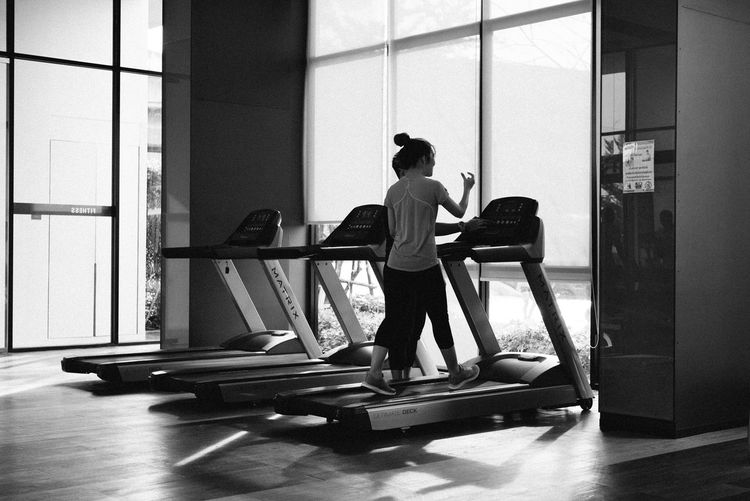 let's excercise.....leica 50 mm summilux asph Moments Leicam240 Relaxing Lifestyles Having Fun Black And White Photography Leica Black And White Enjoying Life Fitness Training Fitness Time Running Track Running Excercise Time