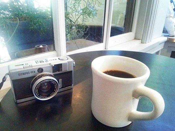 Coffee Morningcoffee Sunday Sundaymorning Filmcamera Coffeeboy ナギサ珈琲 Olympus倶楽部 Olympuspeneed オリンパス倶楽部 オリンパス オリンパスペンEED Halfsizecamera カフェ カフェ部 Cafe 日曜日の朝 日曜日 おいしい コーヒー 珈琲 朝 目覚めのコーヒー 目覚めの一杯 コーヒータイム コーヒーカップ おはようございますmyolympusstyle オリンパスPENEED