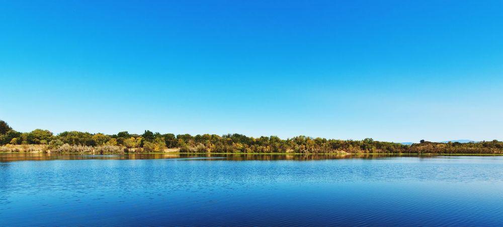 Lake Benoist in Healdsburg, California. Sonomacounty Lake View Landscape Canon