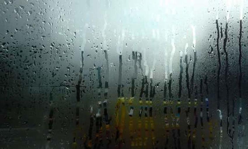 Bus Raindrops Rain Close-up Outdoors Sleeples Home Is Where The Art Is Roadtrip