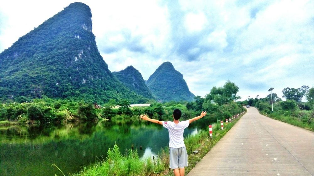 Do your best. Outdoors Cloud - Sky Beauty In Nature Lifestyles Scenery Shots Scenery Pictures