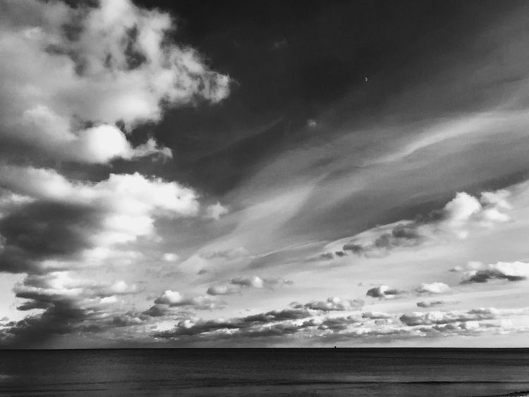 Walk by the lake was cold but worth it Blackandwhite Clouds Chicago Lake Michigan Lake Sky Water Nature Horizon Over Water Scenics No People Outdoors Beauty In Nature Day