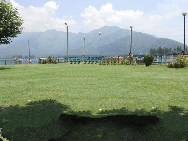 Sport Grass Cloud - Sky Environment Nature Outdoors Mountain Sky Day No People Beauty In Nature Beautiful Place No Edit/no Filter Travel Brautiful View Travel Destinations Beautıful Mountain View Mountains And Sky Park View Park