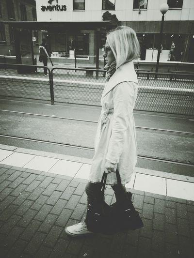Summer Girls Streetphotos Streetphotography Street Life Blackandwhite