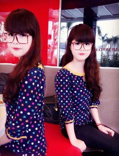 2 chị em :))