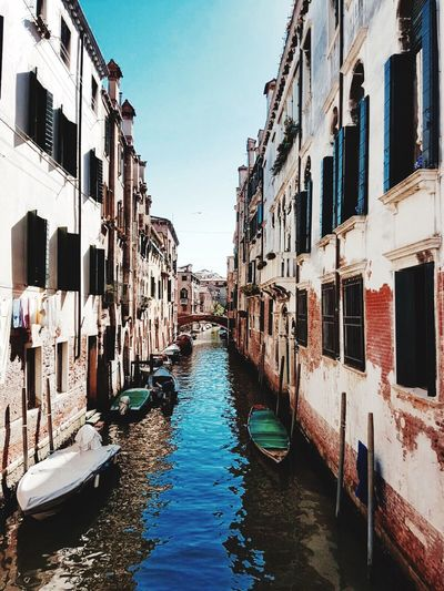 Venice Canals Building Exterior Built Structure Architecture Canal Water Nautical Vessel Waterfront Transportation Mode Of Transport City Boat Window Residential Structure Clear Sky Travel Destinations