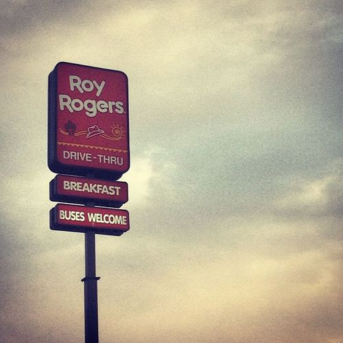 Roy Rogers Roadtrip Dinner pitstop stop yum chicken delicious