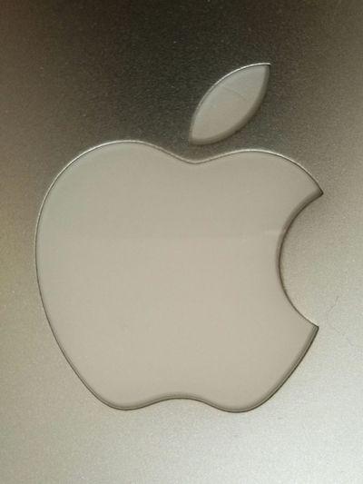 Apple MacBook Machintosh Indoors  Mylabtop Close-up No People Huawei P9 Plus