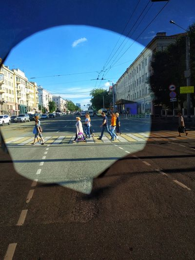 Street Park City People Crosswalk Sunny Day Summer Summertime Walking Outside Chelyabinsk View Window Street Streetphotography Road Russian Car The Photojournalist - 2019 EyeEm Awards