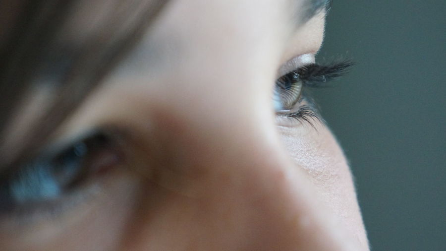 deep in thought Shallow Depth Of Field Clarity Close-up Day Eyeball Eyelash Human Body Part Human Eye Indoors  Looking One Person People See Selective Focus Sensory Perception Vision The Portraitist - 2018 EyeEm Awards A New Beginning