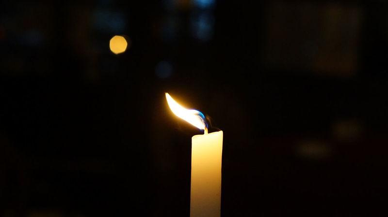 Burning Candle Close-up Fire - Natural Phenomenon Flame Flickering Flickering Flame Illuminated