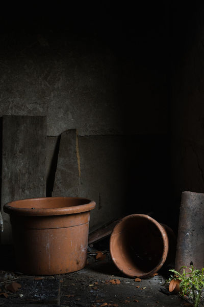 Urban Exploring Burned House Clair Obscure Close-up Darkness And Light Day Empty Pot Indoors  No People Old Barn Plantpot Still Life Terracotta