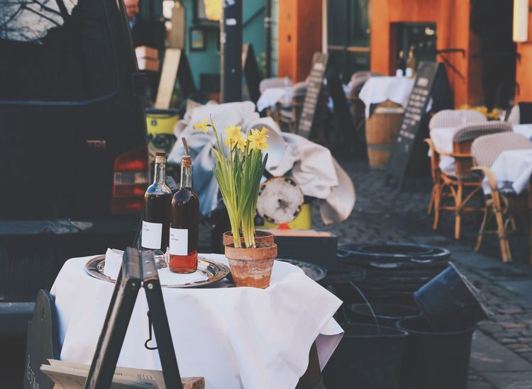 Table Chair Flower Focus On Foreground Restaurant Food And Drink Freshness Place Setting Indoors  No People Food Tablecloth Drink Plate Dining Table Day Ready-to-eat Close-up Street City Life