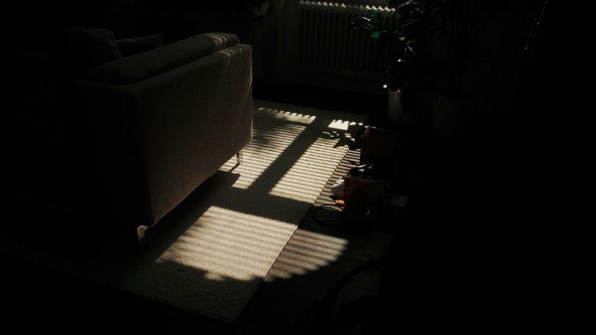 City City Life EyeEm Selects Shadows & Lights Sunny The Week On EyeEm Shadow Shadows Street Streetphotography Sun Sunny Day