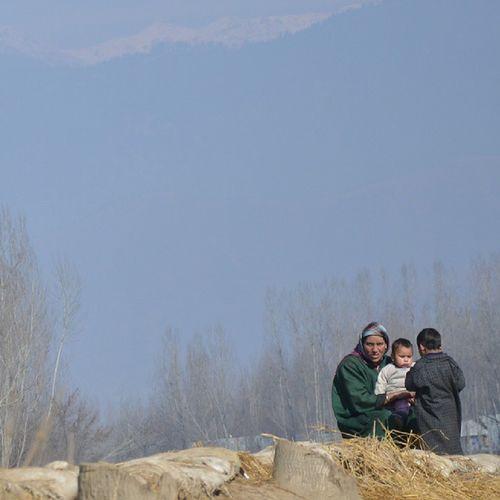 Paradise Kasheer Kashmir Pakistan Pakistani Itravel ITread Italk IStop Ilook Isee Ishoot Iclick IPhotograph IAmRevo IAmKashmir IExploreMe IExploreKashmir IExplore Explore ExploringUnkown Revoshotsphotography Revoshots Revo Instapic Kpc IPhotographKashmir Mother Motherhood Love Children Care