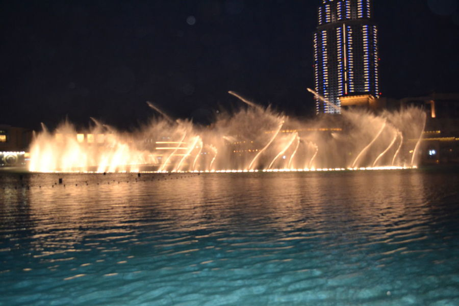 keep calm and enjoy ! Awesome Burj Khalifa Dubai Fountain Mustsee Onceinawhile Smooth Water Dance