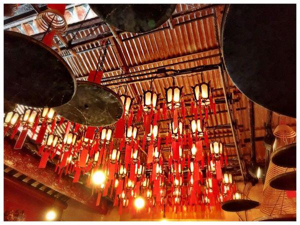 Temple HongKong Man Mo Temple Roof Chinese Lanterns Red Taking Photos IPhoneography Hong Kong Old Temple