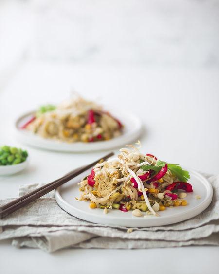 pad thai Food