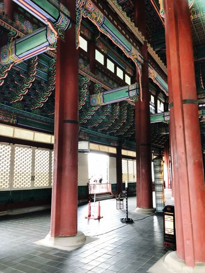 Indoor Photography series: Inside of Korean Palace Heritage Building Korean Palace Seoul, Korea Hot Day Outside My Asia Trip 2018 EyeEm Selects Architecture Built Structure Water Day Architectural Column Building Indoors  Incidental People Real People Sunlight Travel Ceiling
