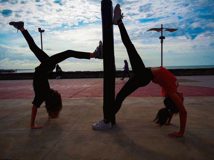 Water City Full Length Young Women Exercising Silhouette Strength Men Sky