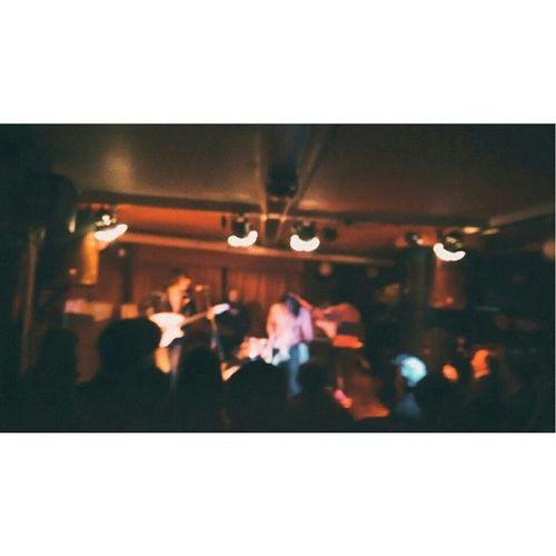 @disturbedfields & Warmsoda & algún coruño más en la sala Mardi Gras
