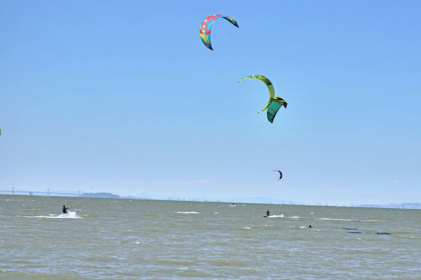 Kiteboarding In San Mateo 8 Kite Surfing Watersports Sport Aquatic Sports Bay Bridge Yerba Buena Island Kite Surfers Kiteboarding Colorful Sails Enjoying Life Sail Power Wind Power