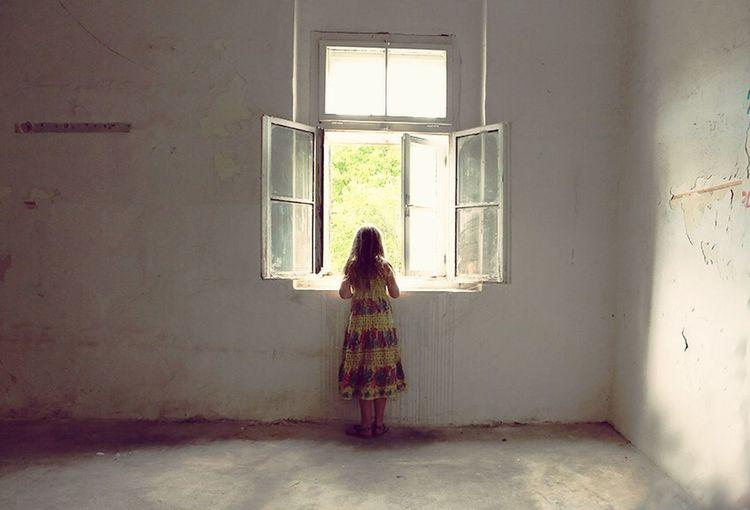Anbandonated, Minimalisme Window
