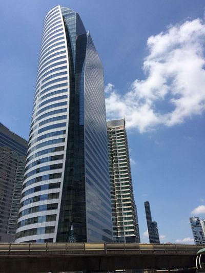Built Structure Architecture Building Exterior Office Building Exterior Sky Skyscraper Modern Tall - High City Travel Destinations Tower Low Angle View Building Office Day Outdoors Glass - Material Financial District  No People