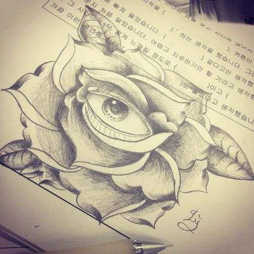 Eye:))