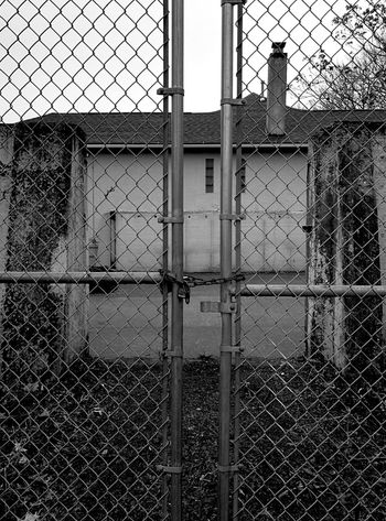 Nay Aug Zoo Abandoned Places Abandoned Buildings Old Zoo