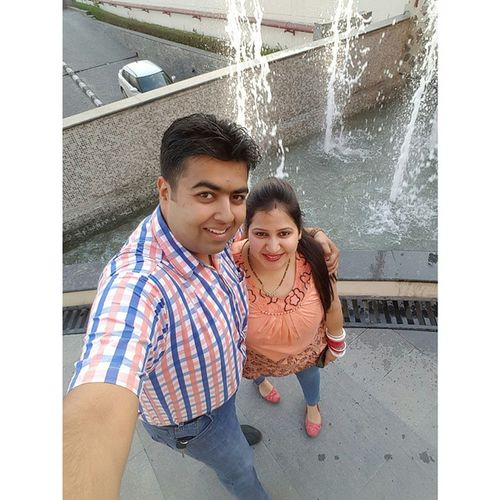Varun Payal Sehgal Selfie Sunday Jalandhar Punjab Love May 2015  Squaredroid Instacouple Galaxy S6edge Samsung Phonography  Front Cam MOVIE Movietime  Letmetakeaselfie