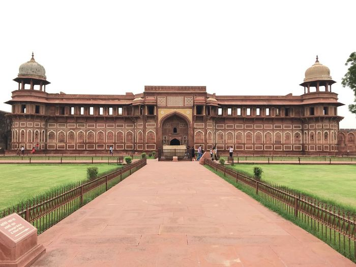 Jahangir's tomb Architecture Built Structure Building Exterior History The Past Sky Clear Sky Tourism Gate Incidental People Direction Building Nature Travel Destinations Travel Plant Arch Grass The Way Forward Day