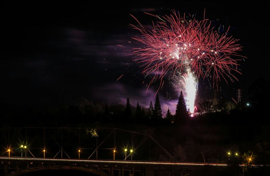 Independence Day celebrations are abound! Fireworks Independence Day Nightsky Nightphotography USA 4th Of July July4th Fourthofjuly