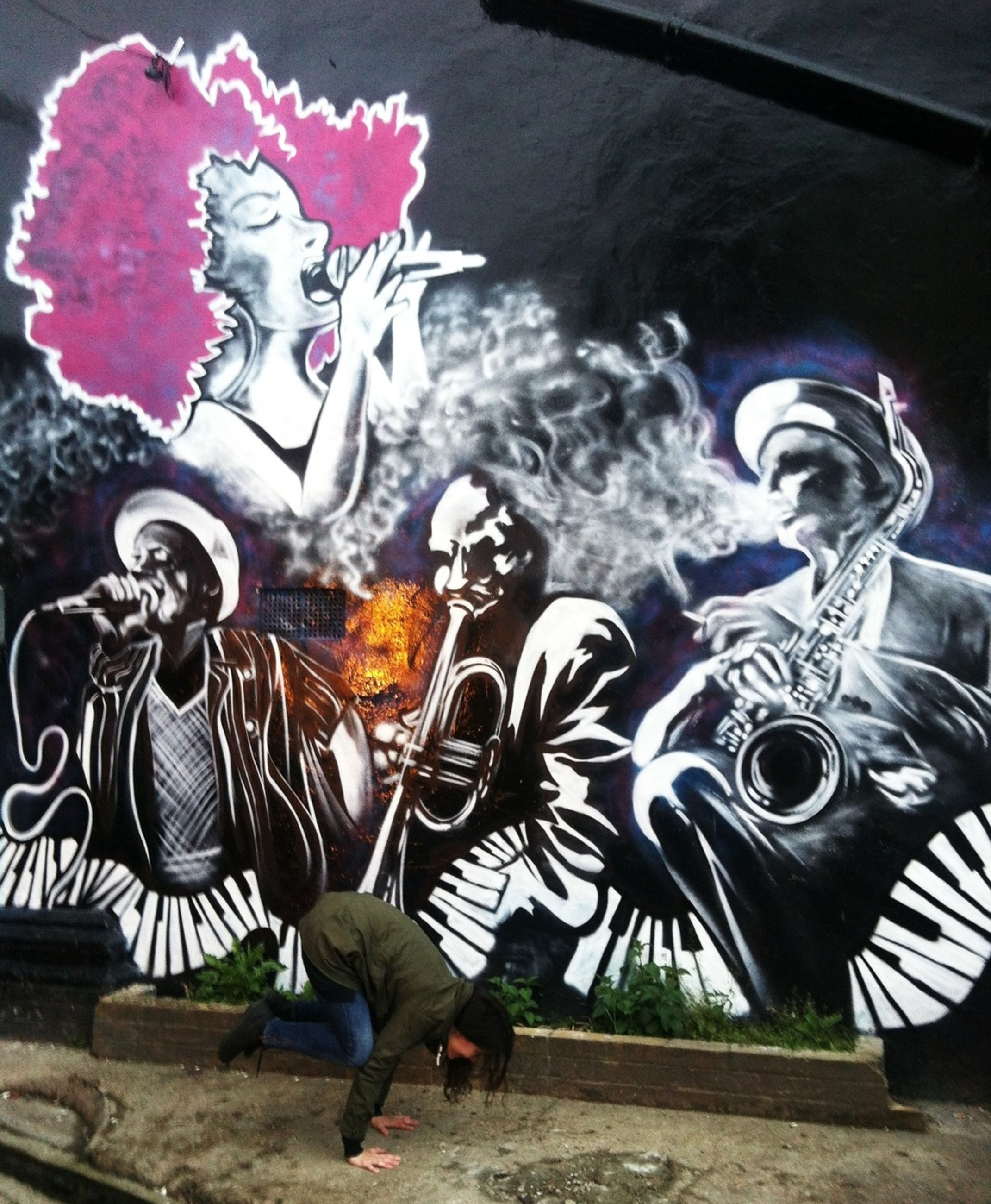 art, art and craft, creativity, animal representation, human representation, sculpture, statue, craft, multi colored, graffiti, animal themes, no people, outdoors, decoration, day, built structure, mural, cultures