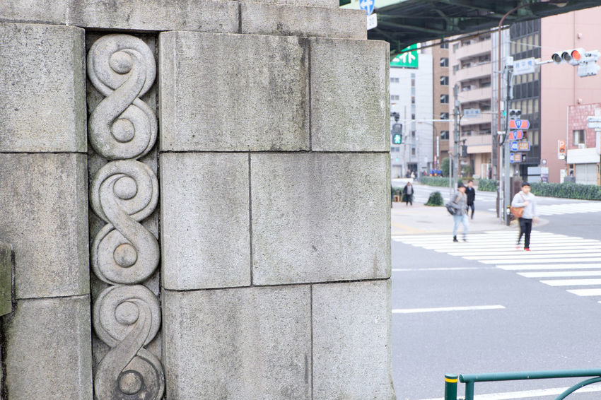 Akihabara Fujifilm Fujifilm X-E2 Fujifilm_xseries Japan Japan Photography Street Streetphotography Tokyo XC16 東京 秋葉原 鉄橋