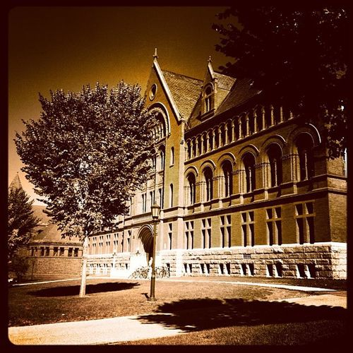 Williams in Sepia! #btv #vt #uvm Instagood Instagramjit Webstagram Vermont_landmark Architecture Vt Btv University Uvm Sepia Vt_scenery Iphoneonly Vermont_scenery Photooftheday 802 Brown Igharjit Picoftheday Vermontbyvermonters Vermont Vt_scene Williamshall All_shots Vermont_scene Instamood Igvermont Bestoftheday Igvt