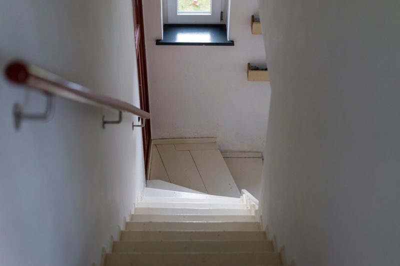 Steps in corridor