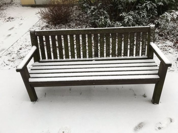 Seat Bench Nature Park Empty No People Absence Wood - Material Day High Angle View Land Relaxation Park - Man Made Space Outdoors Park Bench Plant Snow Text Field